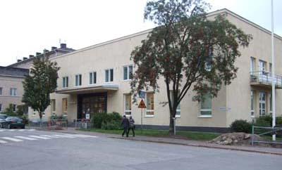 Ulkonäkymä Käpylän kirjastosta